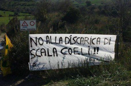 """Rispetto all'ambiente per la discarica di Scala Coeli. Lo chiede ai candidati a Sindaco ed al Consiglio regionale il circolo Legambiente """"Niccà""""."""